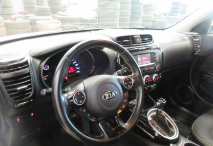 Image for used 2019 TOYOTA COROLLA SE  10