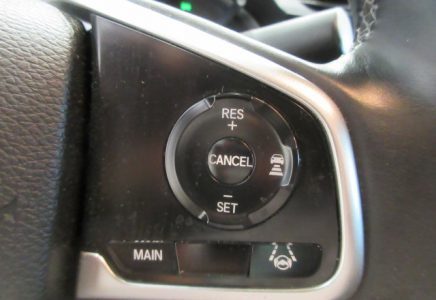 Image for used 2012 TOYOTA YARIS 16